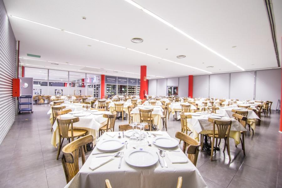 Restaurante en la Autovía A2, en Abades Lodares