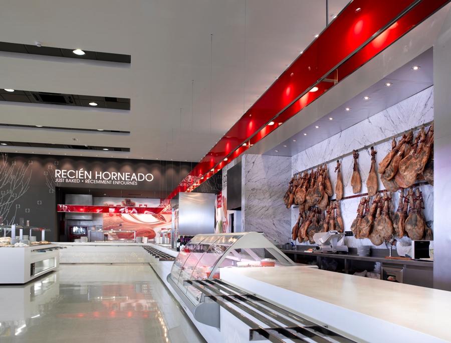 Zona de recien horneado y cocina en vivo en el restaurante