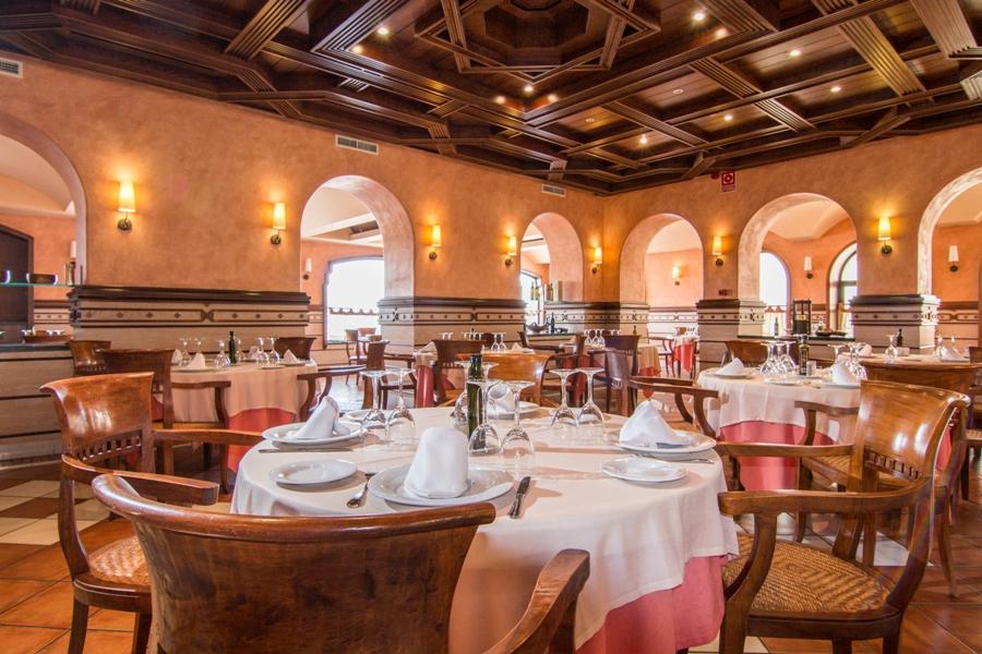 Restaurante del área de servicio Abades Guadix